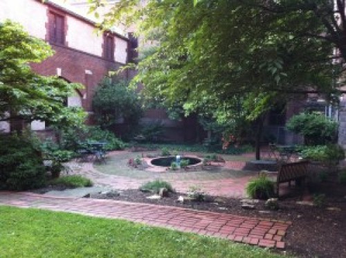 Wfp-sum11-5-courtyard