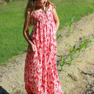 Featured: Easy & Chic Maxidress Tutorial