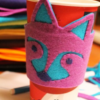 Featured: Raccoon Coffee Cozy Tutorial