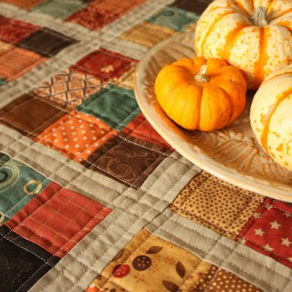 Featured: Fall Mini Quilt