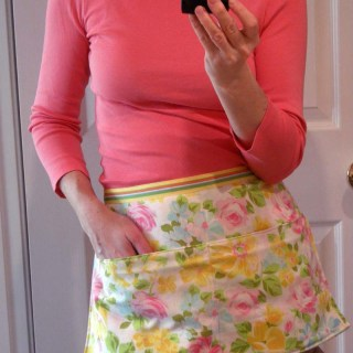 10 Minute Pillowcase Apron