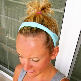 Easy Stretch Headband Tutorial