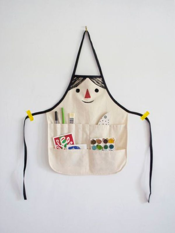 The adorable Make a Face Apron by Mer Mag is a fun activity apron that will spark your child's creativity.  Sewtorial