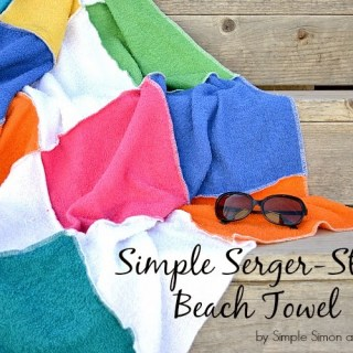 A DIY Beach towel? Yes, please! Learn how simple it is to create this blocked beach towel in this quick tutorial by Simple Simon. -Sewtorial
