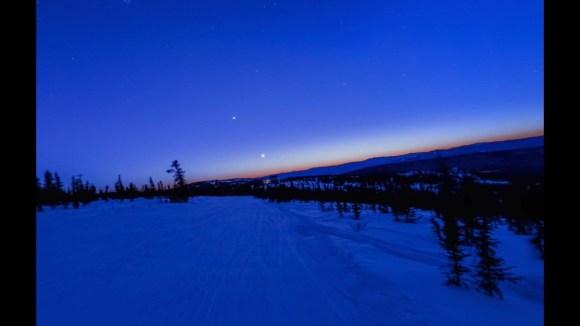 △全天球で撮影されたアラスカの様子を眺めることができます。