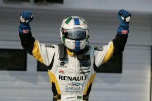 Di Grassi nets his first win of 2008 in the Hungaroring feature race. (GP2 Media Service)