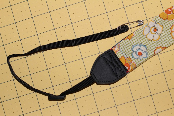 Camera Strap Tutorial: safety pin