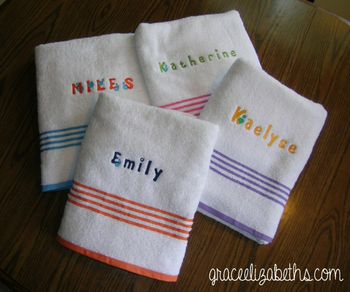 Embroideried wash cloths