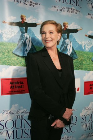 Julie Andrews bh01 300x450 Julie Andrews will direct the Mousical based on her book for children