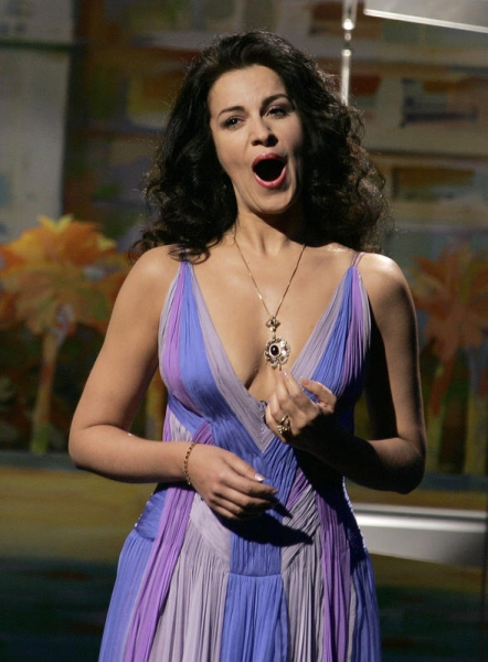 Angela Gheorghiu Angela Gheorghiu talks about returning, on stage and off, with Roberto Alagna