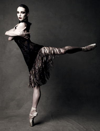 Diana Vishneva Bottega Veneta Vogue features Diana Vishneva: she is like a rose, just as beautiful and just as complicated