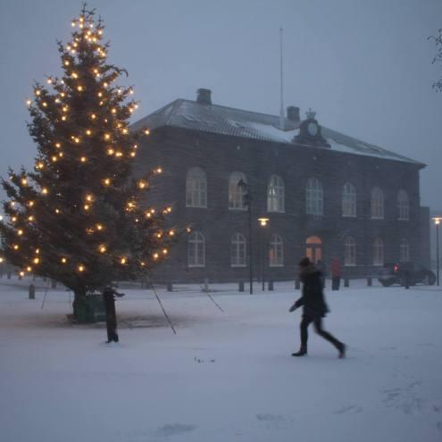 In Pictures: Snowstorm Strikes Reykjavík