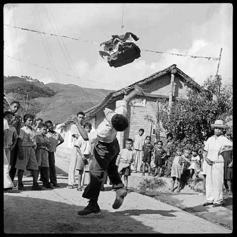 La Piñata. El Hatillo, Estado Miranda, Venezuela. 1953.