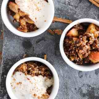 vegan-spiced-apple-crumble-15-of-18
