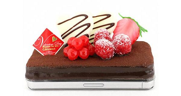 chocolate-cake-iphone-case