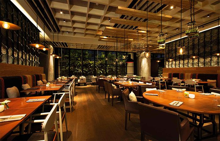 Adrift main dining room