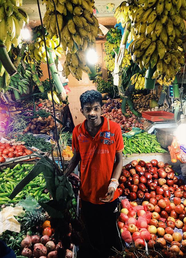 fruit-stall-nurawaeliya