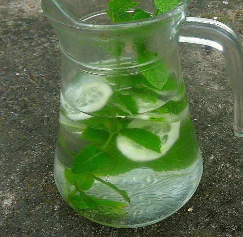woda smakowa ogórek mięta2