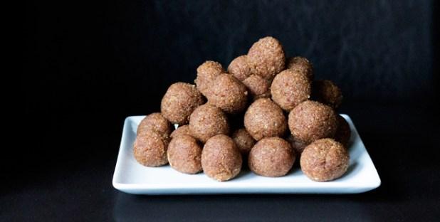 3 ingredient marzipan bullets vegan sugar free