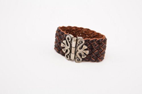 HORSESHOE CARVAL BRACELET BY LESEBI