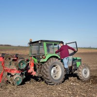 Farmers Demand Right to Fix Their Own Dang Tractors