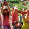 kids making beehouse (3)