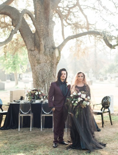 'Til Death Do Us Part: a Wedding in a Cemetery   Green ...