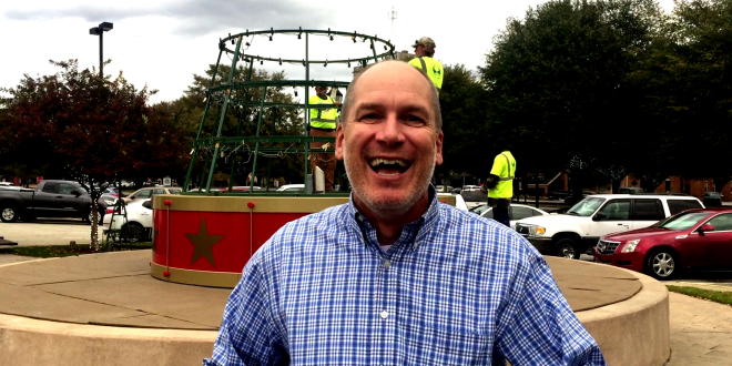 Minute with Mayor: Parade, Candy, and Nutcracker