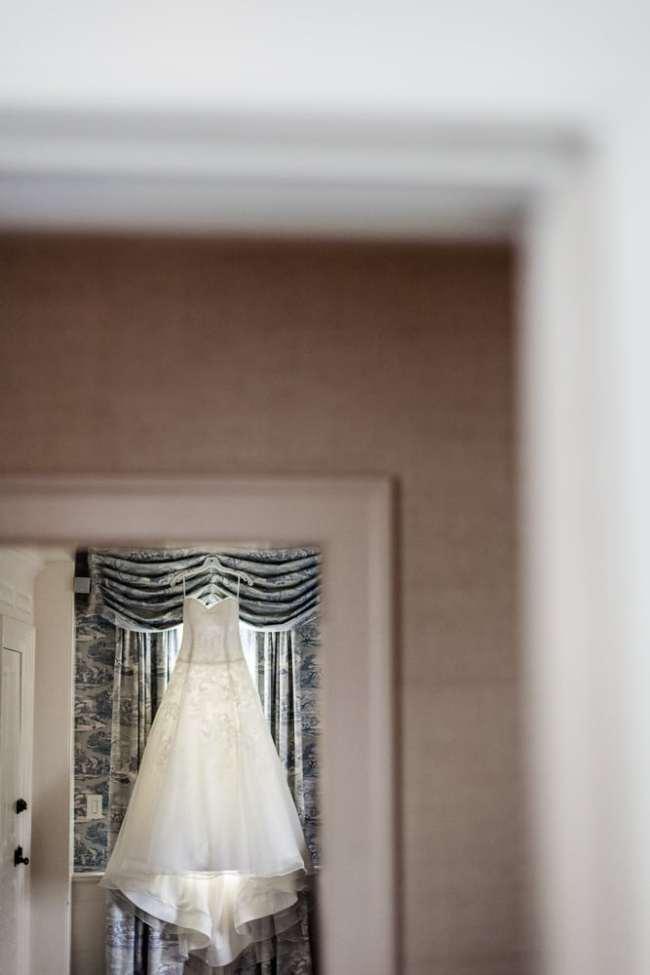winvian-farm-wedding-morris-ct-photography-allyson-david-photos-greyhousestudios-featured-006