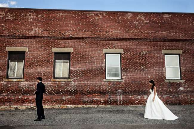 loading-dock-wedding-photos-stamford-ct-wedding-photography-alix-benny-greyhousestudios-featured-021