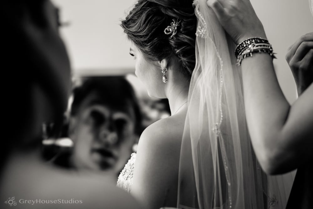 long island wedding photos bride getting ready