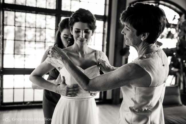 winvian-wedding-photos-morris-ct-litchfield-hills-photography-lauren-dan-greyhousestudios-009