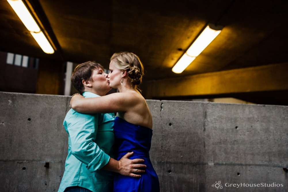 new-haven-ct-engagement-photos-cave-a-vin-wine-bar-state-street-photography-christy-hillary-greyhousestudios-004