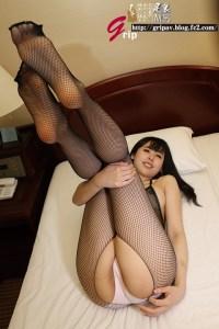 ド変態姉さんのパンスト足責めと相互くすぐり個人撮影/横山夏希
