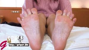 足裏&足指舐めぐりとドS踏みコキプレイランド/桐谷美羽