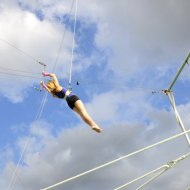 6 ways working in social media is like flying trapeze