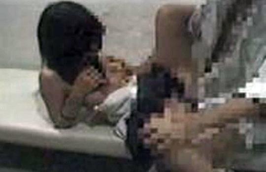 【JKレイプ動画】女子学生が公衆トイレに連れ込まれてレイプされ、ヤリ捨てされる