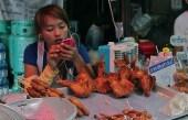 thail girl chicken