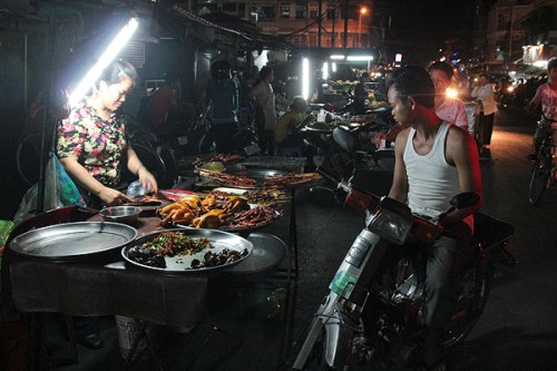 Phnom Penh night markets