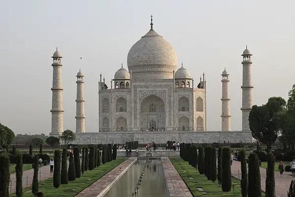 Taj Mahal, getting to the Taj Mahal