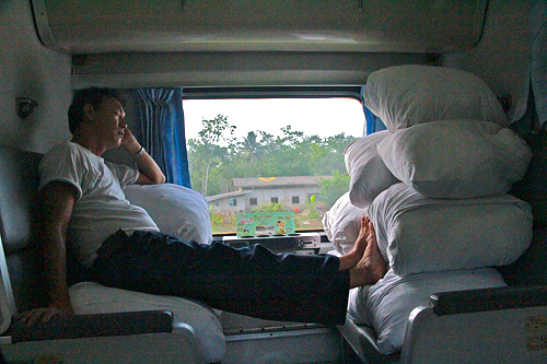 long term sleeper train