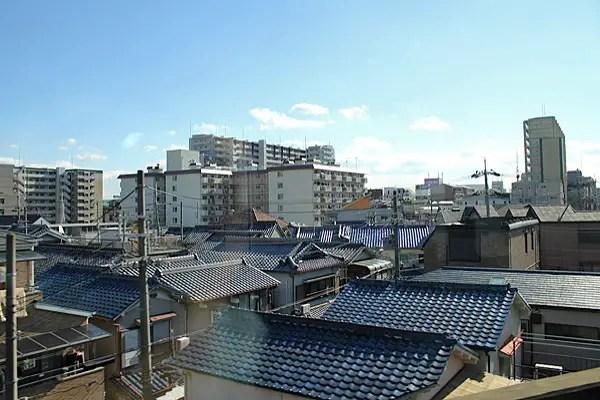 japanese architecture, japanese rooftops houses, japanese neighborhoods