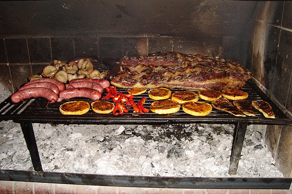 asado, argentinian asado, argentinian food, must try argentinian foods