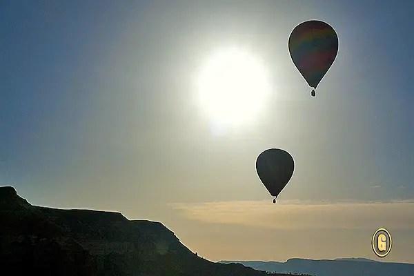 Voyager Balloons.Still005