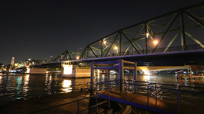 memorial bridge bangkok, top attractions of bangkok, thonburi bangkok, history of bangkok, historical bangkok, bangkok sightseeing tours, tuk tuk tours