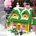 thumbs gingerbread houses 012