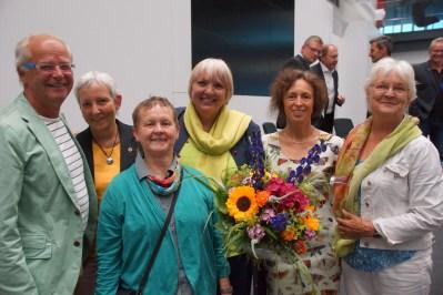 V.l.n.r.: Michael Sautter, Stefanie Schall-Uhl, Lisa Kömm-Häfner, Claudia Roth, Margit Stumpp, Christa Miola