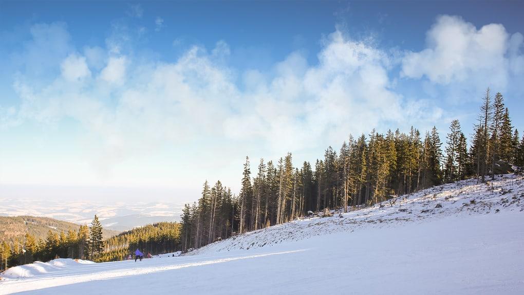 After-Ski Slope