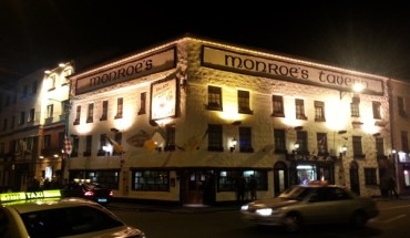 Monroes Pub Galway