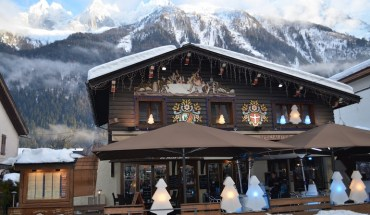 Luxury Skiing French Alps